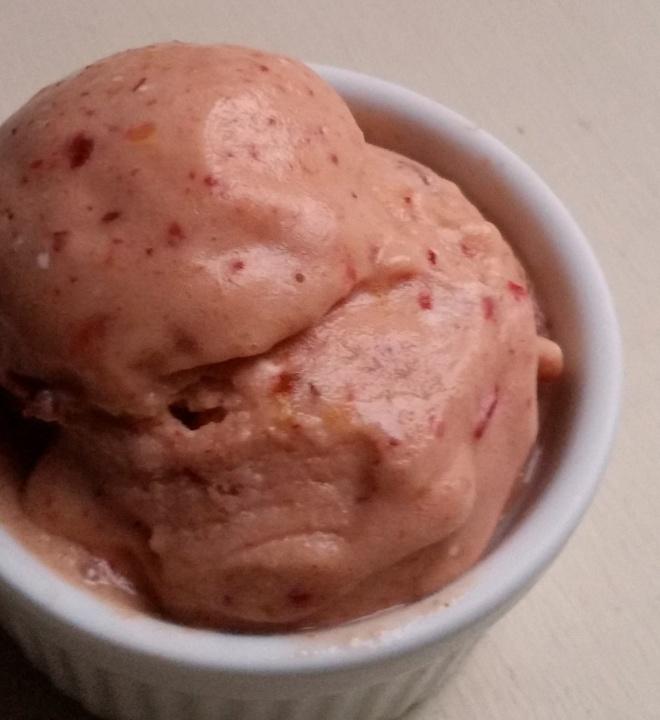 Fruit Cobbler Frozen Yogurt