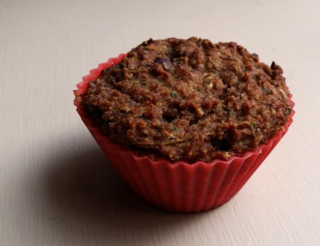 almond zucchini berry muffin (gluten free, paleo)